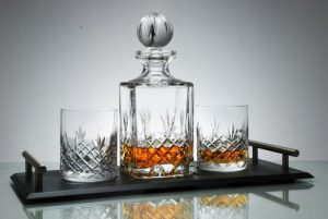ge bort ett dekanterinsset för whisky i present
